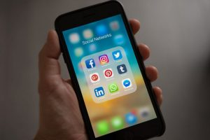 Introducing etailz's Social Media Management